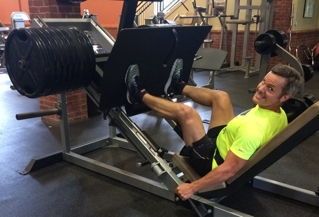 Joe doing the leg press with almost 1,000 lbs of weight - building leg strength